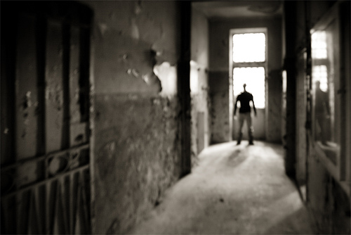 Una società in prigione (ph ro_buk cc flickr)