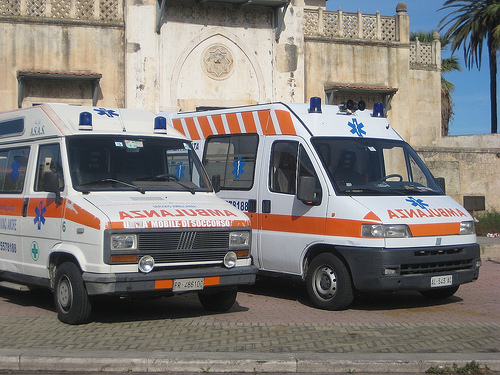 Ambulanze pronte per i soccorsi