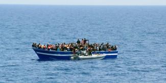 Immigrazione: Marina Militare, ieri soccorsi 1812 migranti