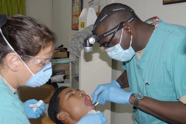 dentist-676421_640