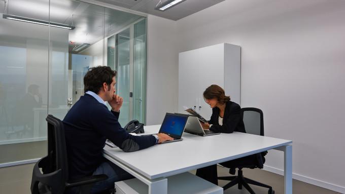 L italia scopre le societ benefit rassegnastampa for Disegni di uffici di garage