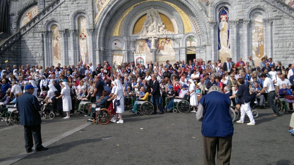 La giornata Unitalsi in 55 piazze della Toscana ...