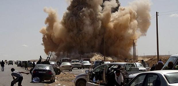 Risultati immagini per immagine degli scontri in Libia
